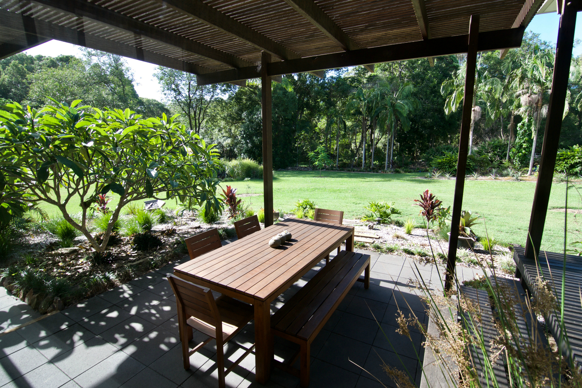 Outdoor Dining and Gardens